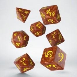 Set de dados clasicos RPG en color caramelo y amarillo