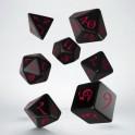 Set de dados clasicos RPG en color negro y rojo